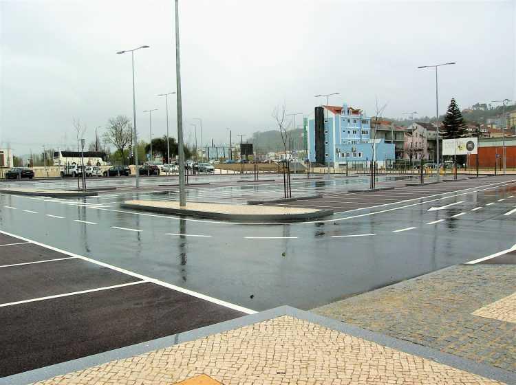 Estacionamento praça das Cortes