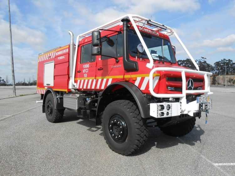 09 - Carro bombeiros Pombal